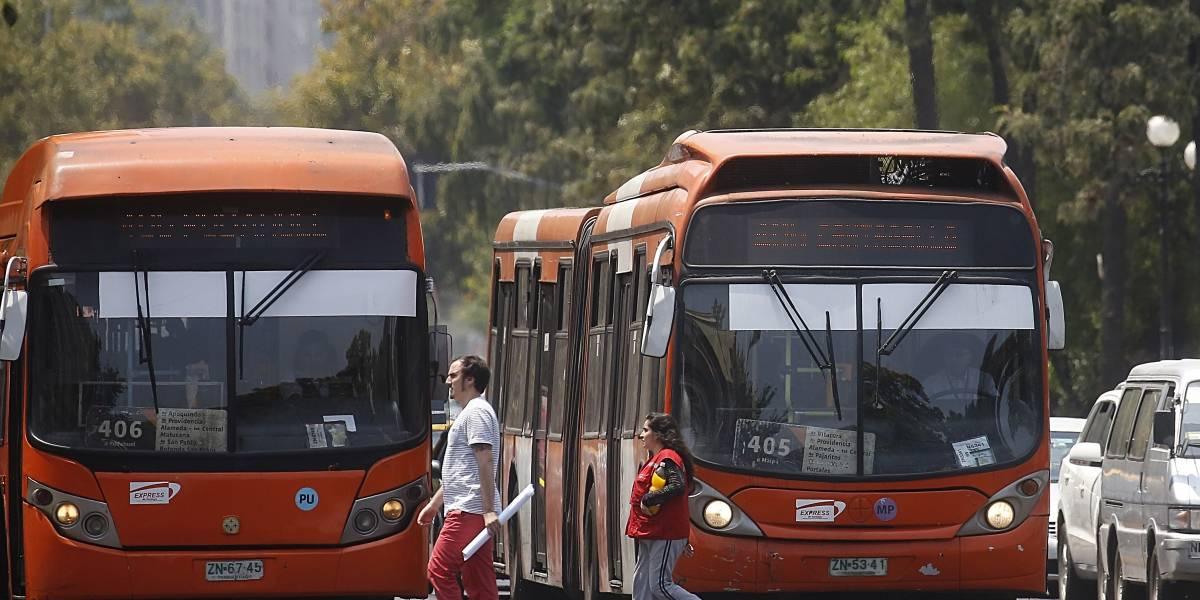 Hasta 47 mil pesos de multa: Hoy comienzan partes empadronados para quienes no respeten pistas Solo Bus