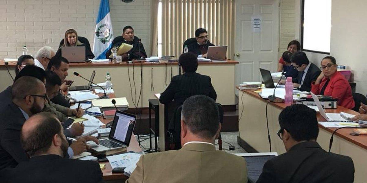 Caso Amatitlán: Contraloría señala celeridad en compra de producto para limpiar el lago