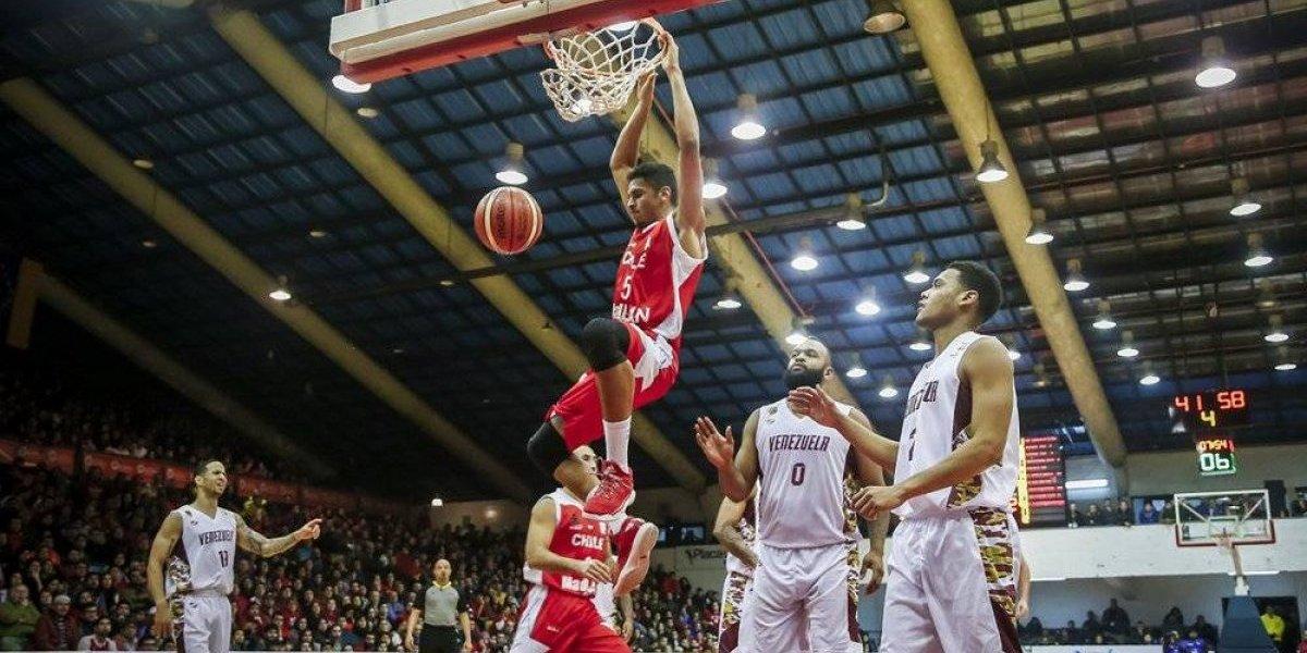 La Roja del básquetbol clasificó a segunda ronda de las Eliminatorias pese a caer ante Venezuela