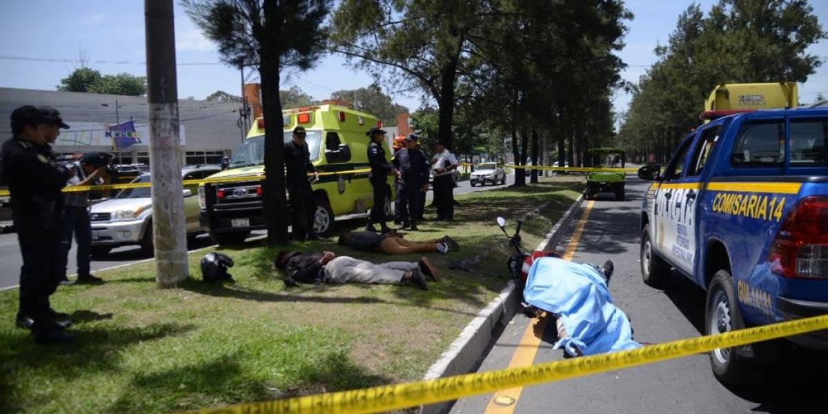 Presuntos delincuentes viajaban con una persona fallecida en Periférico