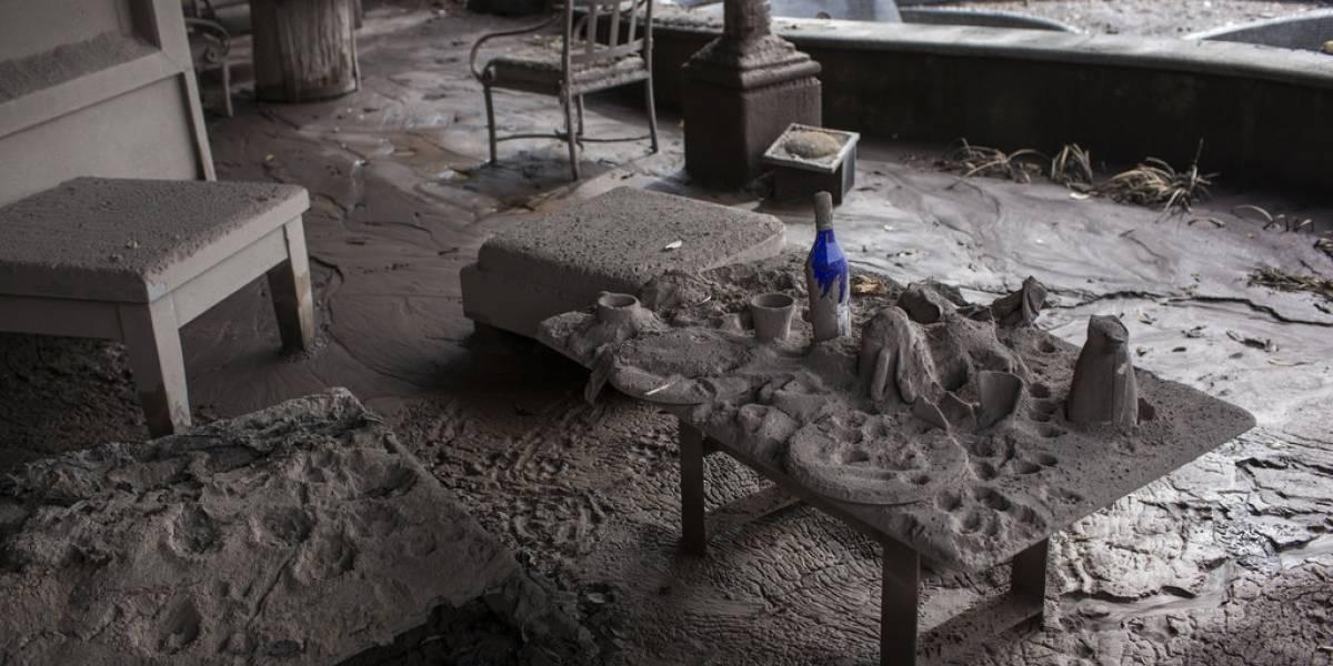 FOTOS. Hierba verde y restos de material volcánico conviven en club de golf en Alotenango