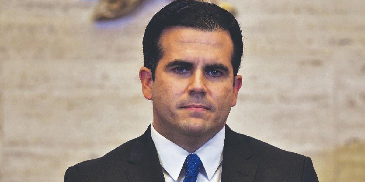 Gobernador conmemora el 4 de julio con esperanza de la descolonización de la Isla