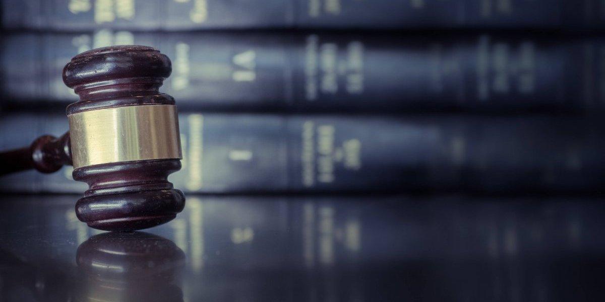 Muere abogado, hijo de veterano periodista