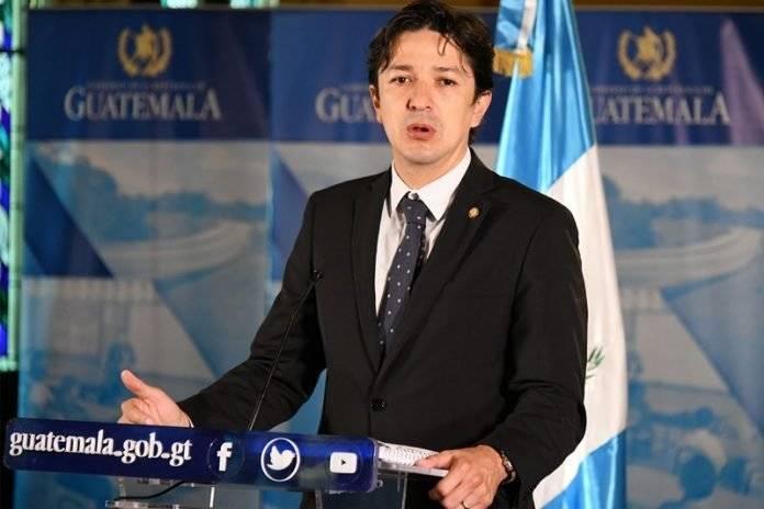 viceministro de Finanzas, Víctor Martínez
