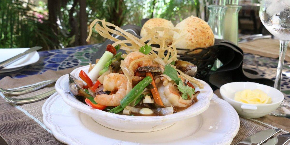 Inicia festival gastronómico asiático basado en la tradicional preparación con Wok
