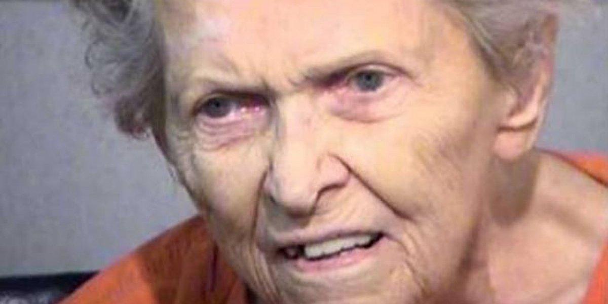 Anciana mata a su hijo que quería ingresarla a un asilo