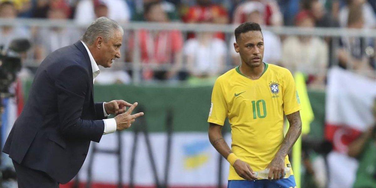 Entrenador de Brasil antes criticaba a Neymar