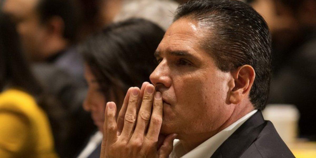 #Política Confidencial: Silvano Aureoles, aislado