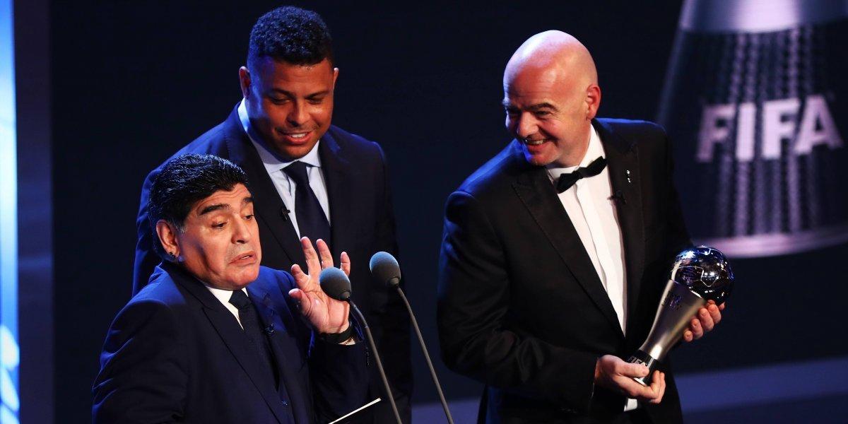 """Maradona reclamó por la eliminación de Colombia: """"Vimos la misma FIFA vieja y arreglada de antes"""""""