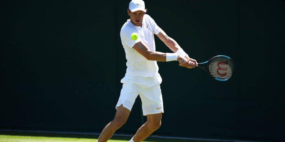 Jarry se desinfló en el último suspiro de su épico partido y dijo adiós a Wimbledon en cinco sets