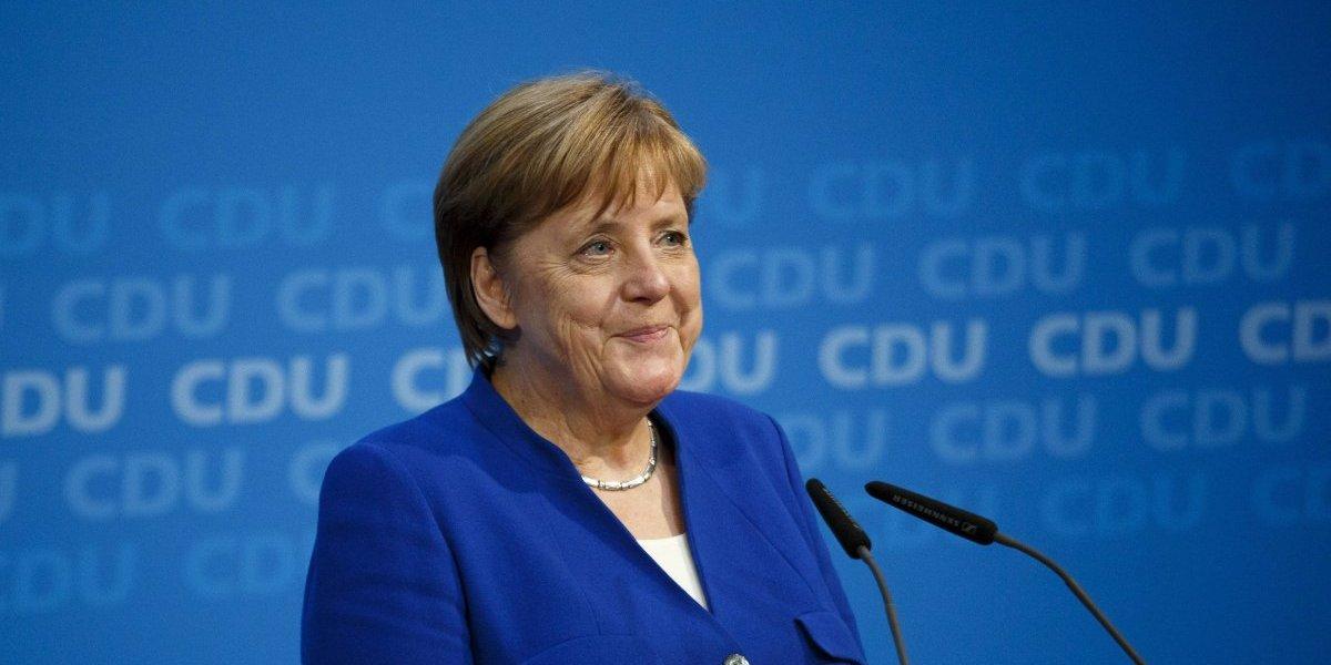 Angela Merkel pide reunirse pronto con López Obrador
