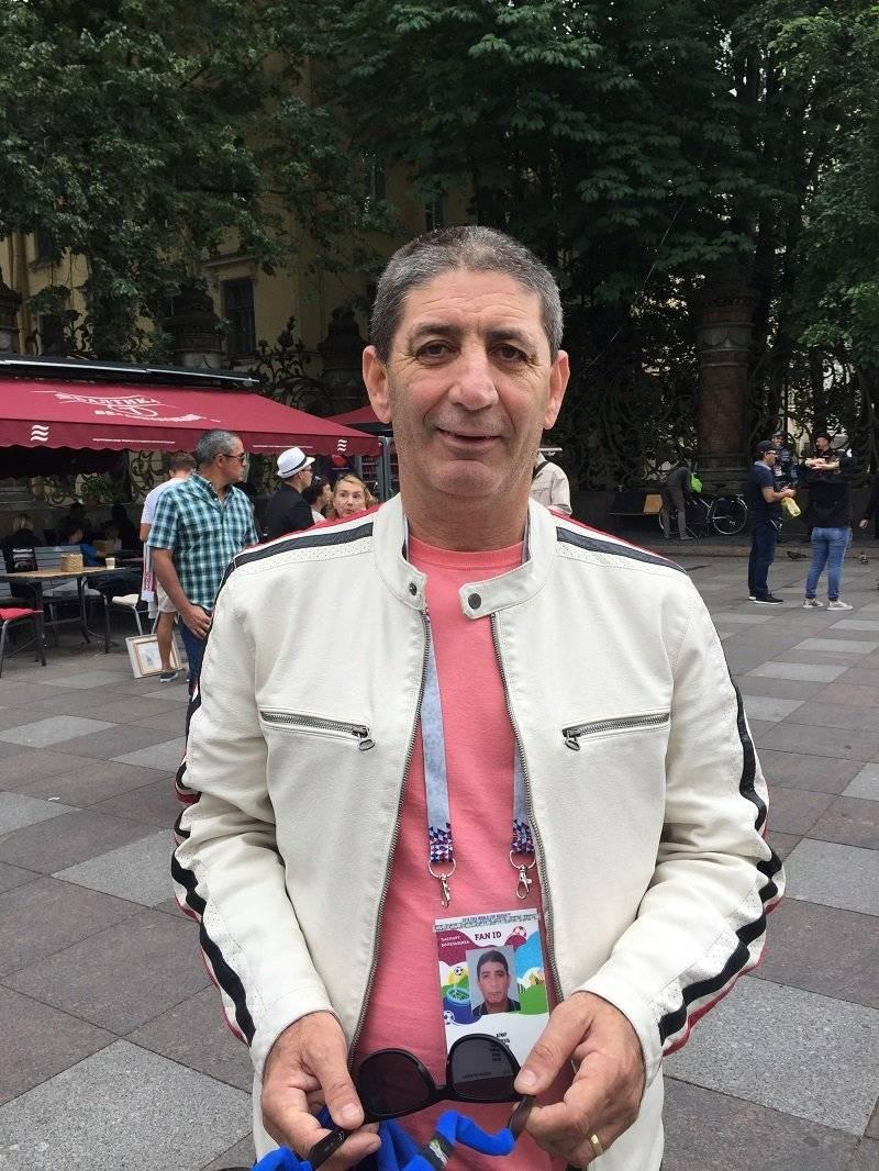 Samuel Aguiar profesor de 55 años de Brasil