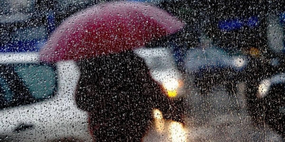 Pronostican 54 horas de lluvia consecutivas en la zona central: así será el intenso sistema frontal que golpeará a Santiago desde este miércoles