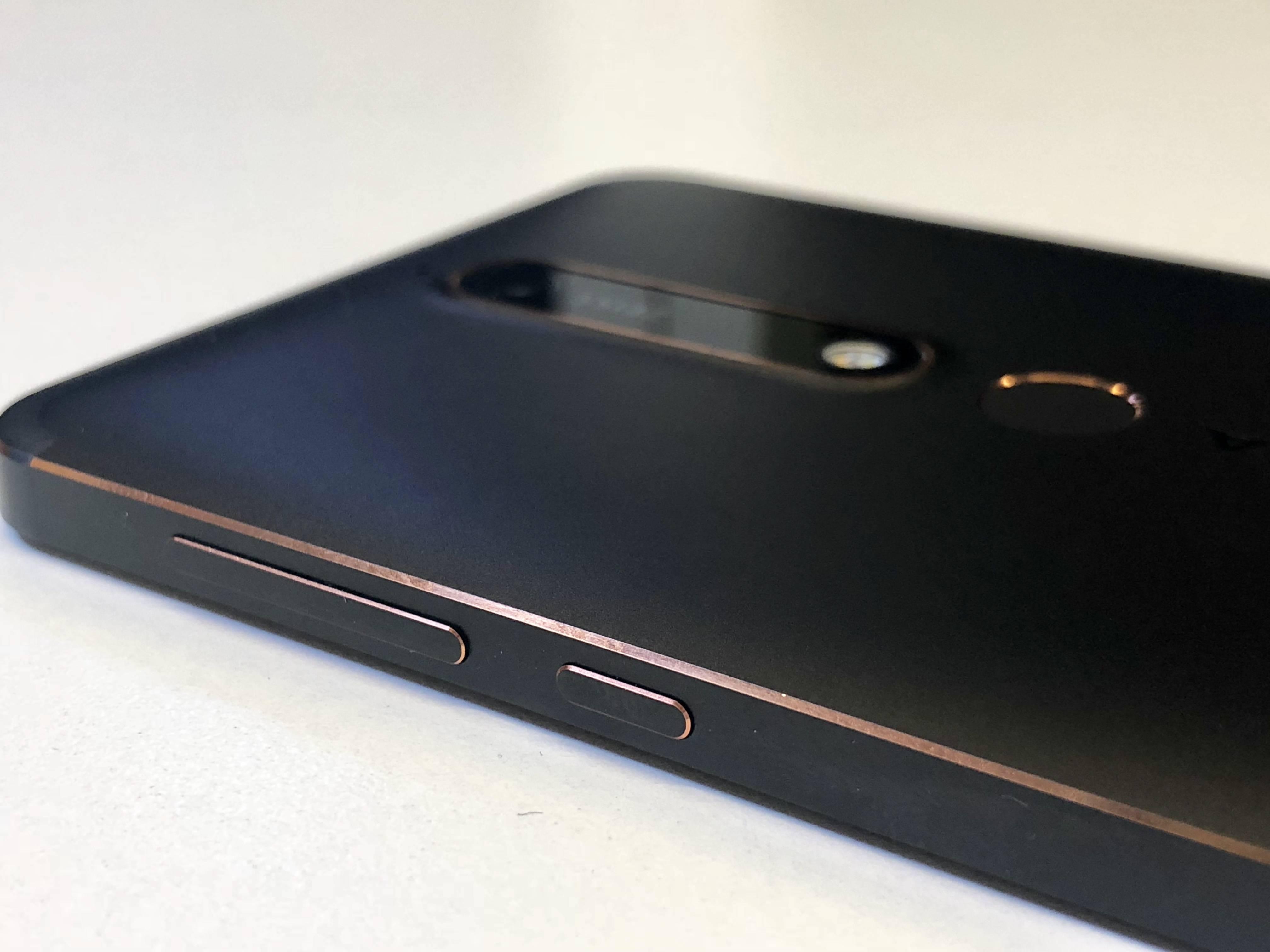 Nokia 6.1 2018 lateral
