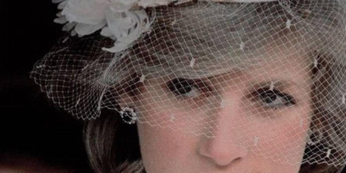 5 fotos que resumem a vida da princesa Diana
