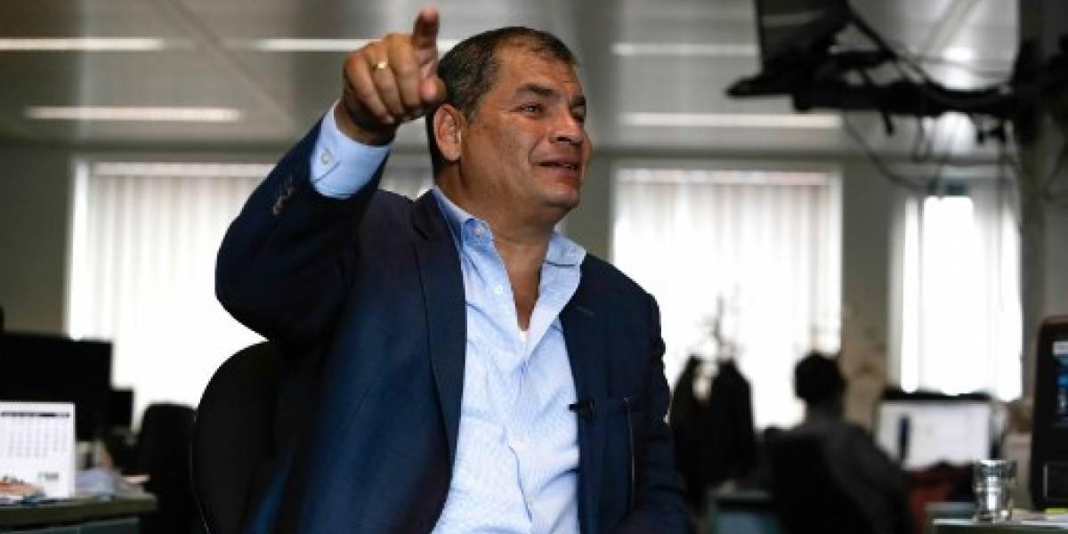 """Rafael Correa denuncia un """"complot"""" del gobierno ecuatoriano por ordenar su detención"""
