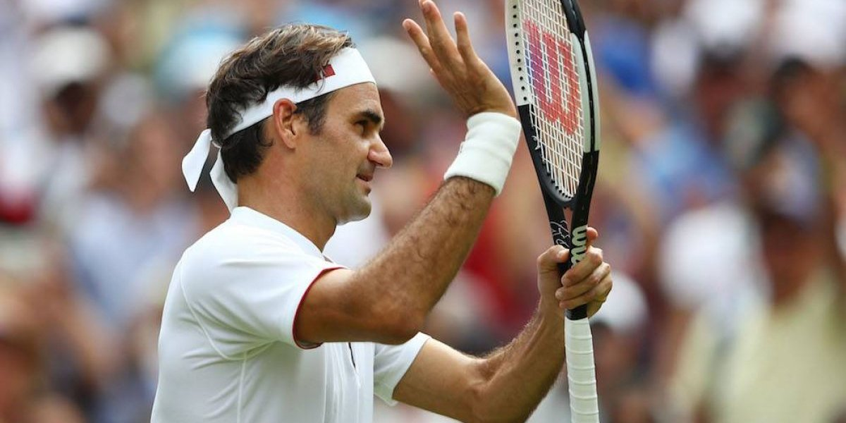 Roger Federer y las hermanas Williams avanzan; Wozniacki fracasa