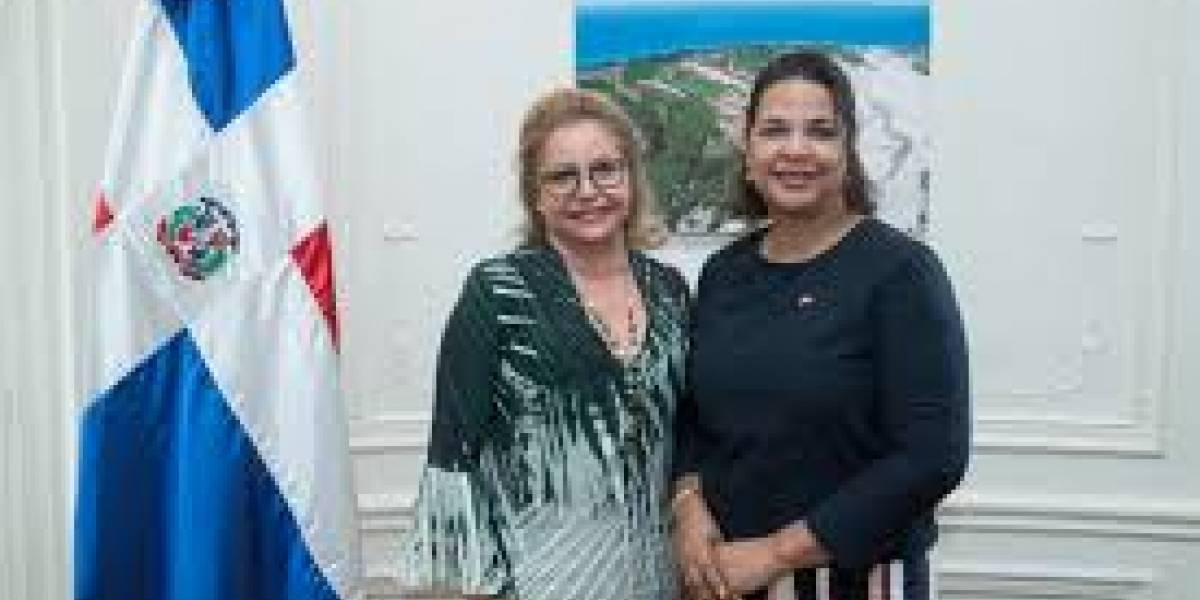 Embajada dominicana en Francia impulsa gestión cinematográfica