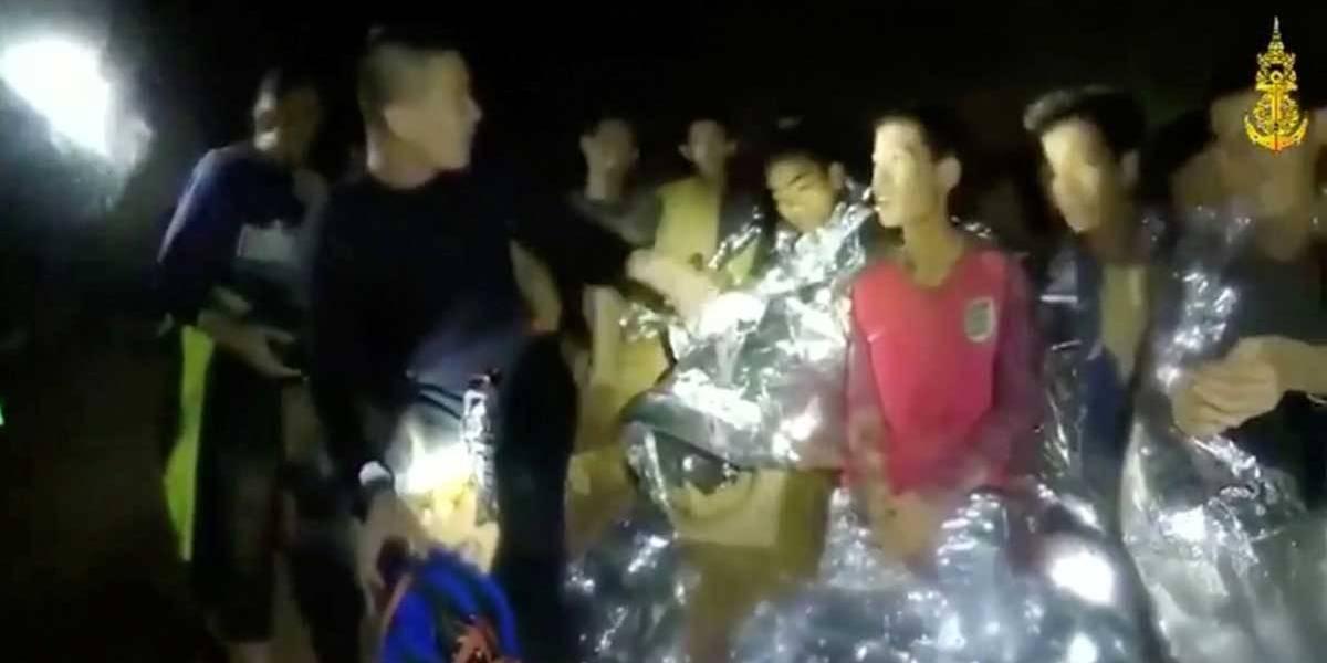 Adolescentes presos em caverna não têm condições de mergulhar
