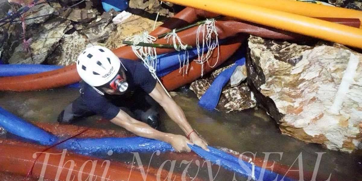 Resgate na Tailândia quase terminou em tragédia, diz equipe
