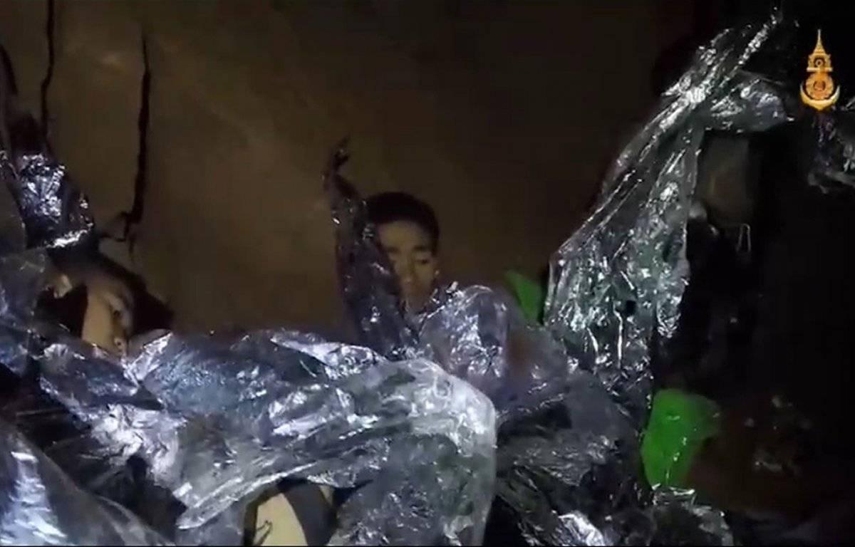 Niños atrapados cueva Tailandia EFE