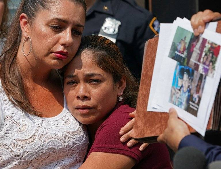 La migrante guatemalteca Yeni González, momentos después de visitar a sus hijos. Foto: AFP
