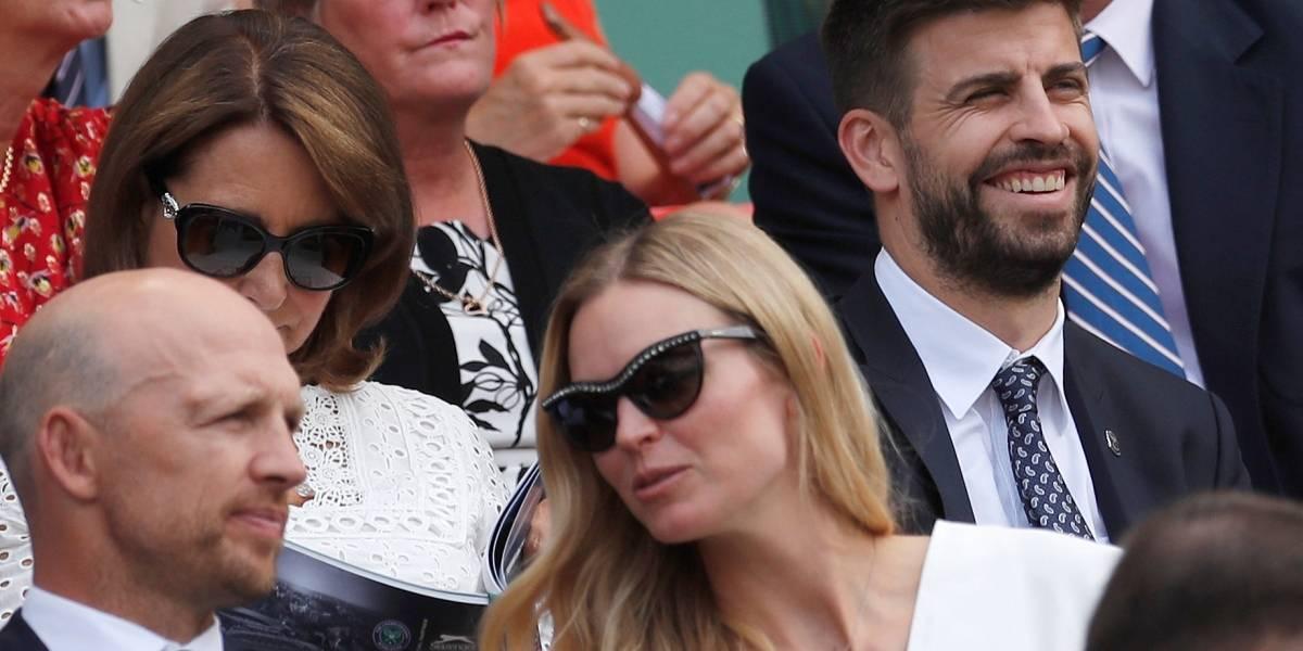 Mãe de Kate Middleton e Gerard Piqué são vistos juntos em torneio
