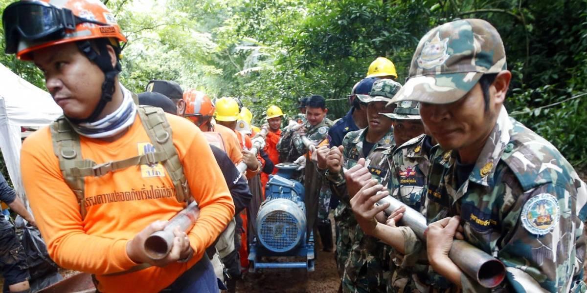 Preocupa el oxígeno en la cueva con los niños atrapados — Tailandia