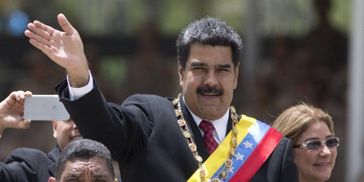 EU niega planes de invadir Venezuela, pero no descarta la opción militar