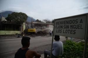 buscan a desaparecidos por erupción del volcán de Fuego en San Miguel Los Lotes