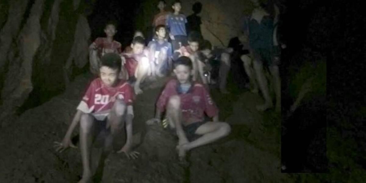 Murió submarinista tailandés que intervenía en rescate de los niños futbolistas atrapados en la cueva