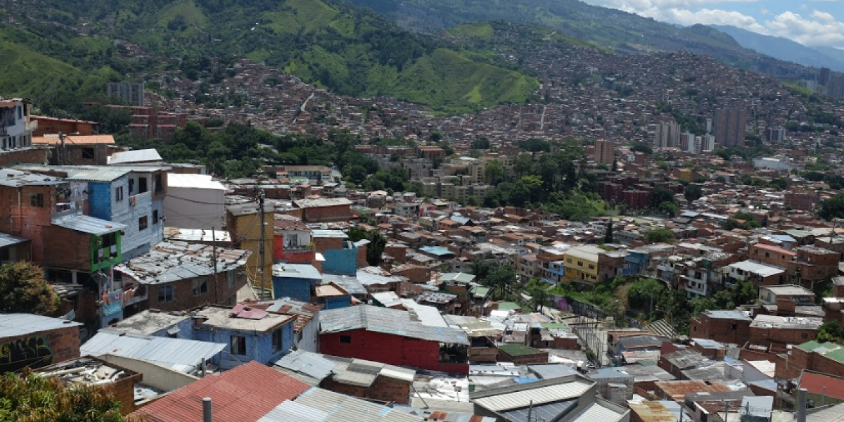 Denuncian en la Comuna 13 que tres jóvenes habrían desaparecido