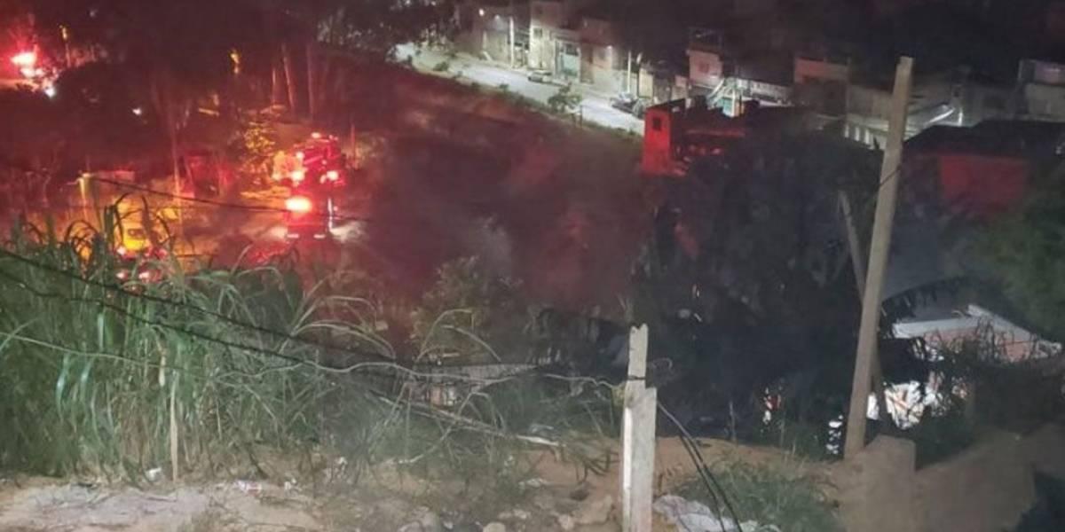 Quatro pessoas morrem em incêndio em favela em SP