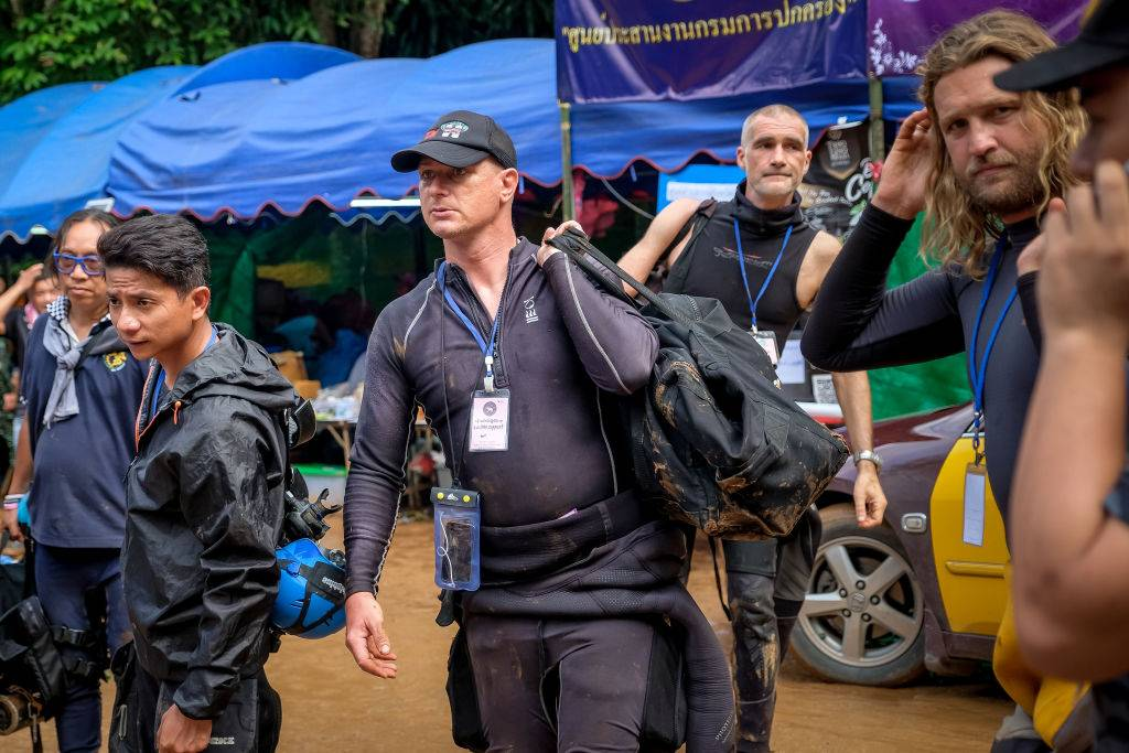Las lluvias monzónicas dificultan rescate en cueva de Tailandia