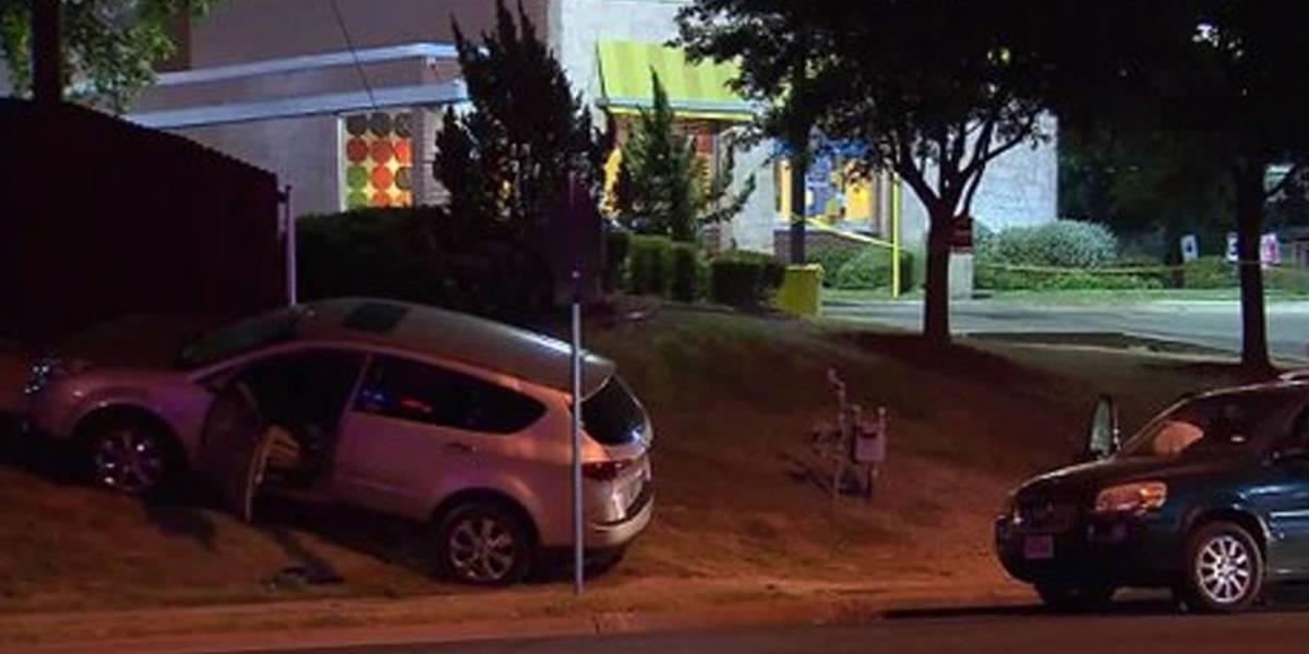 Madre le disparó en la cabeza al ladrón que se llevó su vehículo con sus hijos adentro