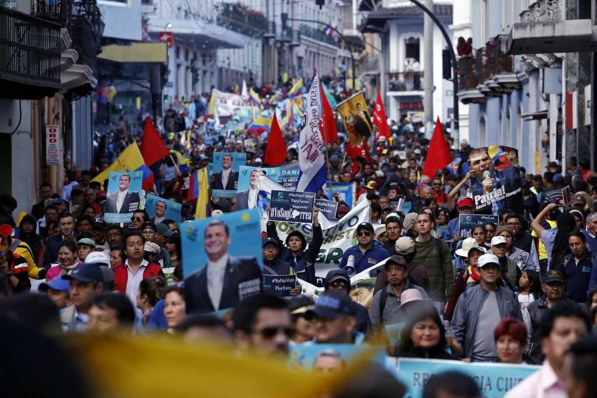 Marcha a Favor de Correa API