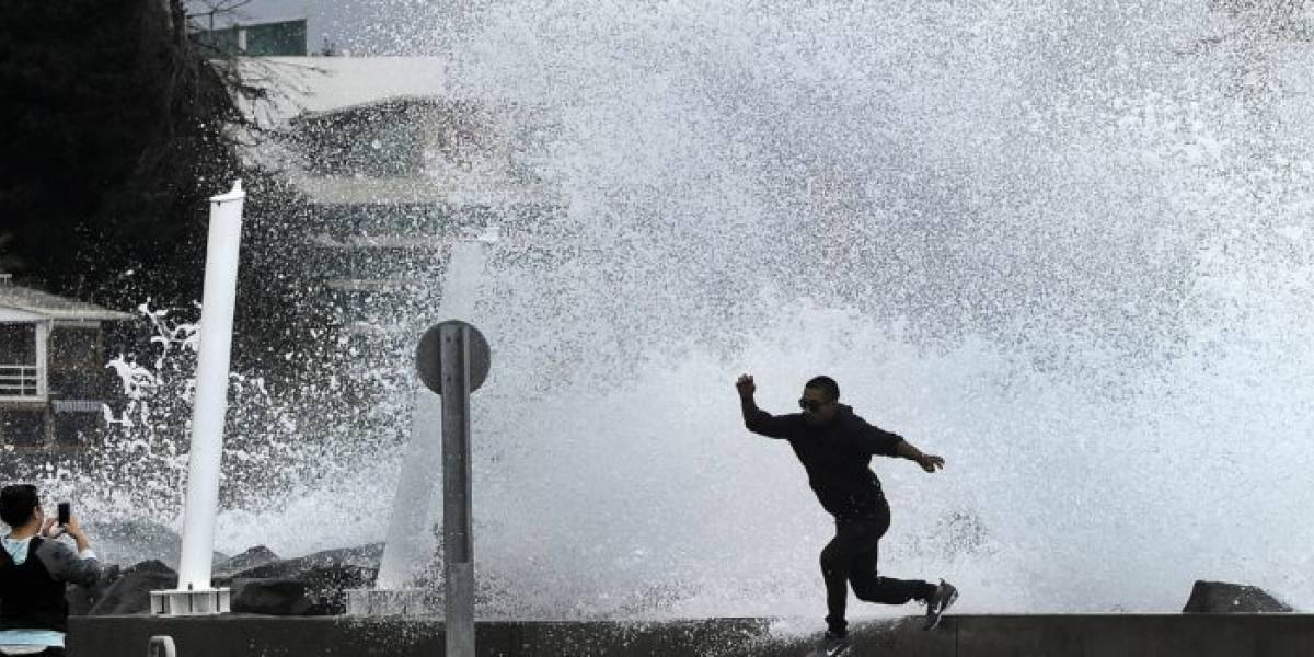 Fuertes marejadas azotaran las costas de Chile este jueves: alertan potenciales daños por olas que alcanzarán los 5 metros