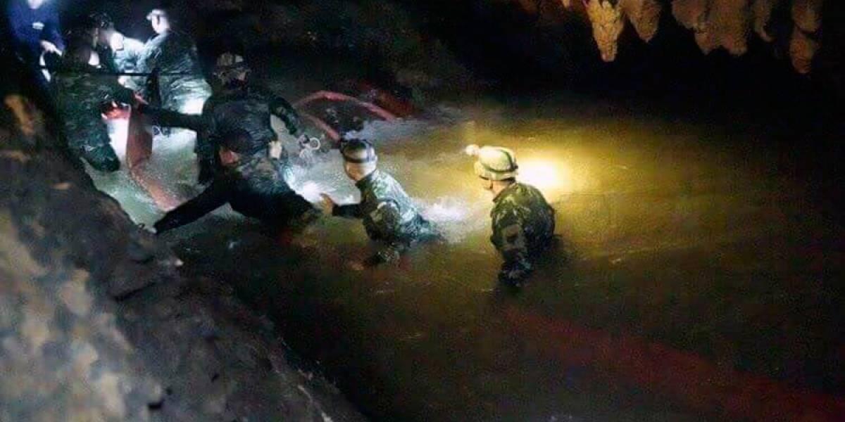 Muere un socorrista en la cueva de Tailandia tras ayudar a niños atrapados