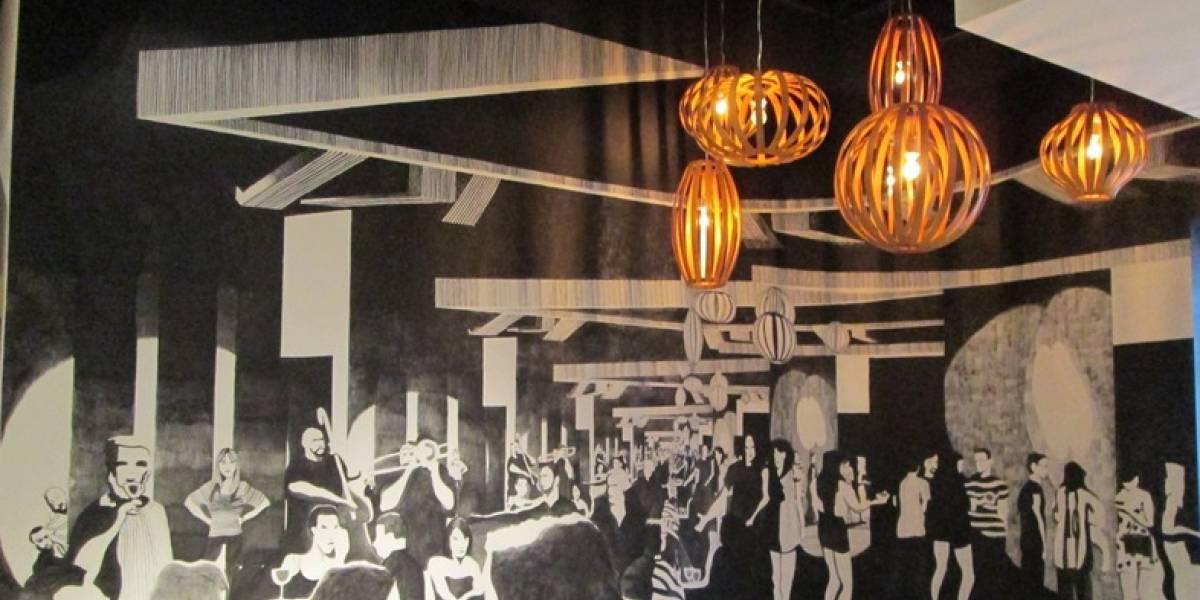 Artista plástico reclama suma millonaria a dueño del Ponce Plaza