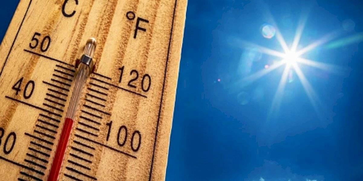 Condiciones calurosas y aguaceros para hoy sobre la isla