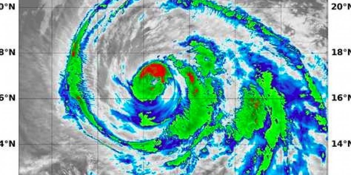 Huracán Fabio se debilita rápido en el Pacífico mexicano