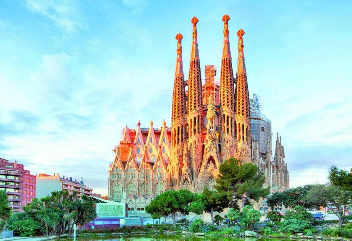 Catedral de la Sagrada Familia, en Barcelona, España. Dreamstime