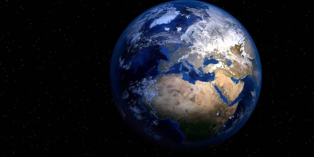 Científicos encuentran agua en una piedra proveniente del espacio