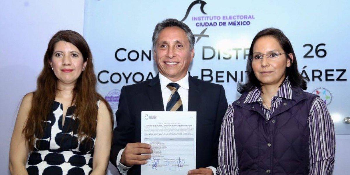 Manuel Negrete recibe constancia de mayoría como Alcalde electo de Coyoacán