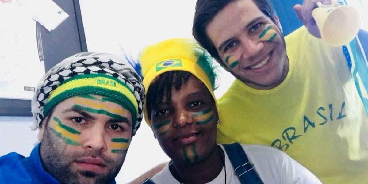 """""""Aprendi a sofrer com o brasileiro"""": refugiados contam por que torcem para o Brasil na Copa da Rússia"""