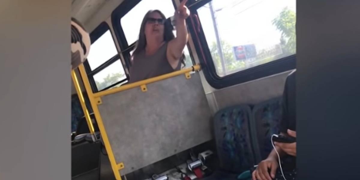 'Regresa a tu p*to país', mujer grita a inmigrantes en EU