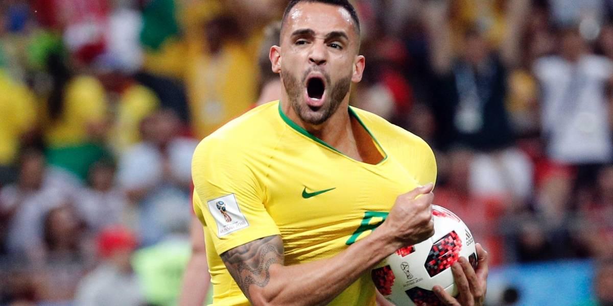 ¡La solución estaba en el banco! Renato Augusto descontó para Brasil