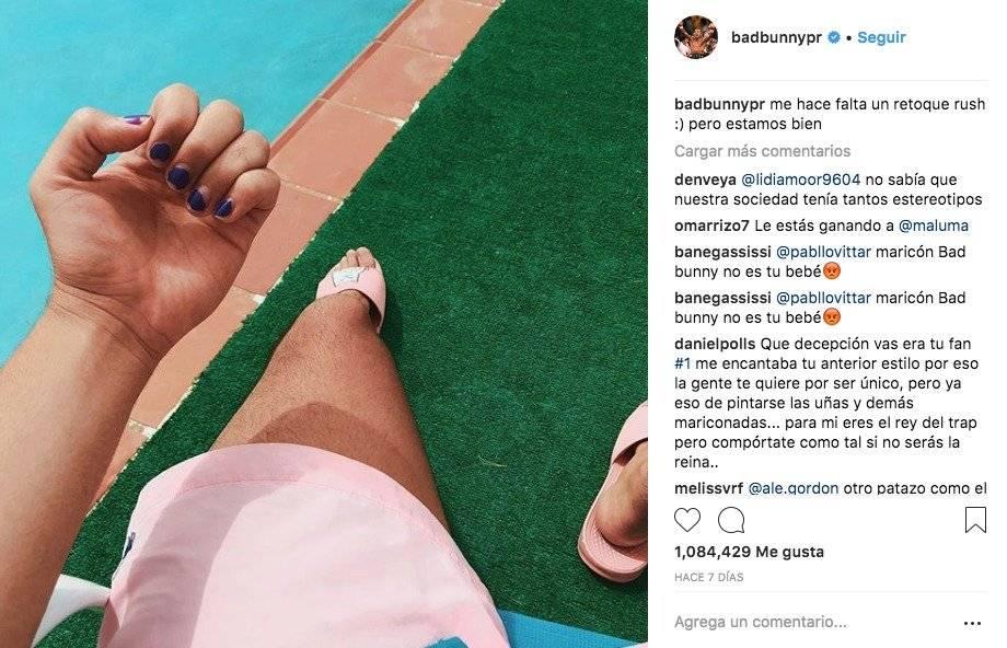 Bad Bunny se pinta las uñas y genera controversia en redes sociales ...