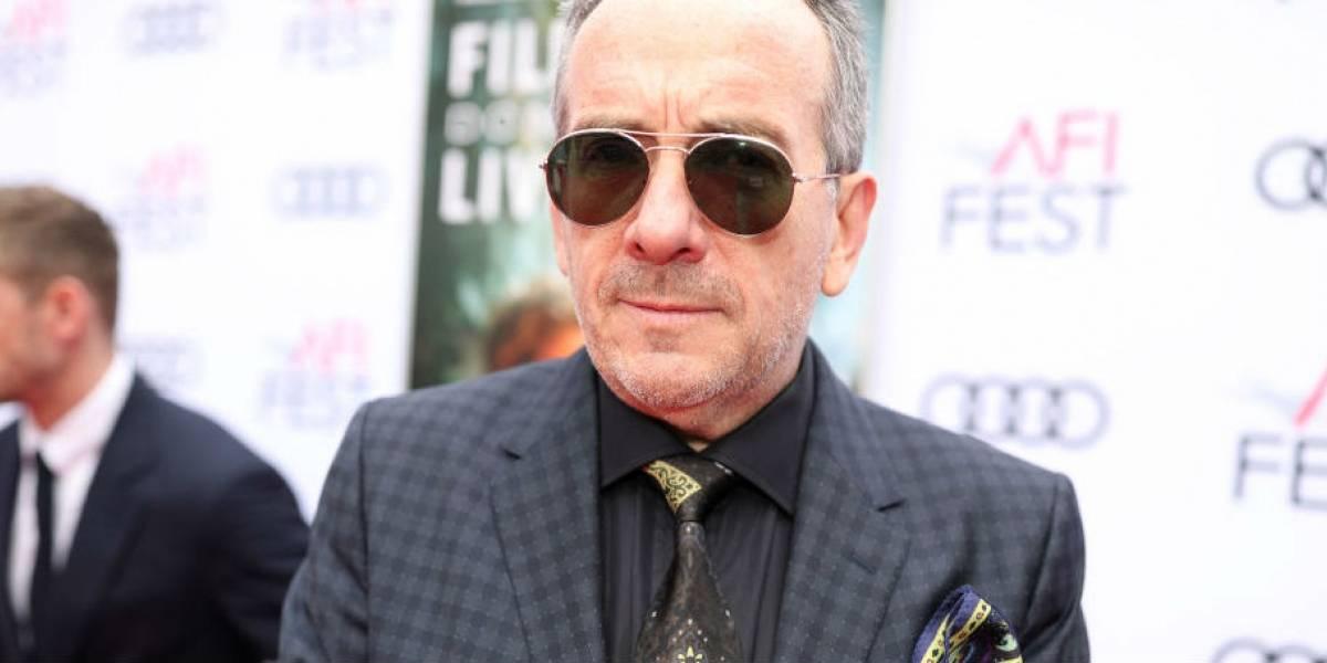 Elvis Costello revela câncer 'pequeno mas muito agressivo' e cancela turnê