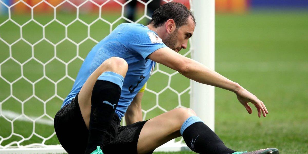 """Diego Godín defiende a Fernando Muslera y levanta a Uruguay: """"Es un arquerazo, nos vamos orgullosos"""""""